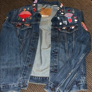 New Levi Denim Sephora Jacket w/Patches & Pins M